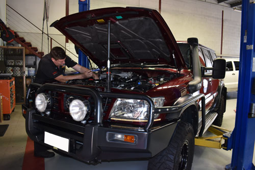 Simon servicing 4WD